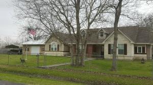 8715 Crestmont Ln Manvel Texas